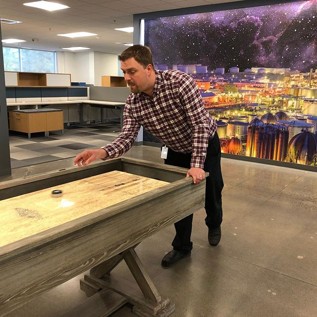 Somehow our Co-Director of Sales Engineering was able to escape his busy schedule to compete in our office's Golden Gear Tournament!